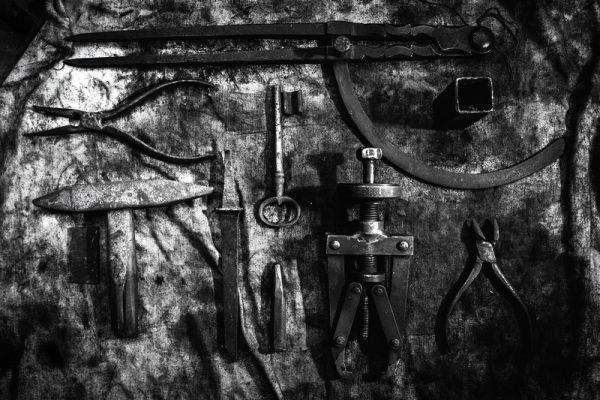 Atelier outils garage contraste belfort